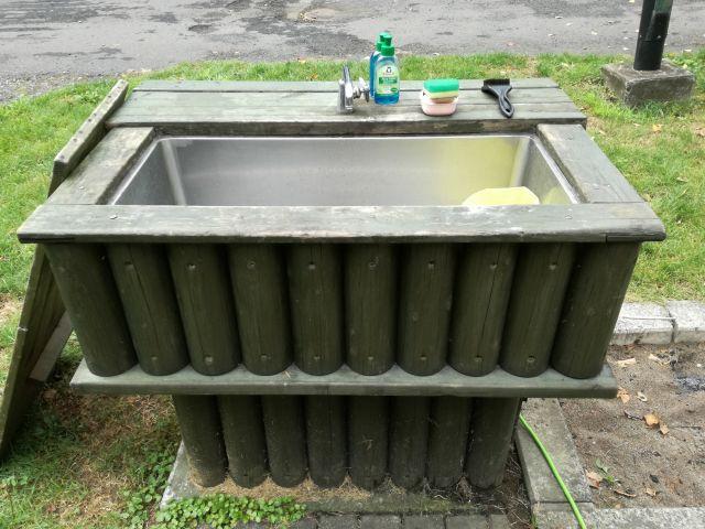 オートサイトに設置されている個別水道。