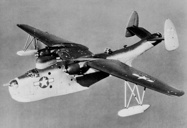 Martin_PBM-5_Mariner_in_flight_c1945