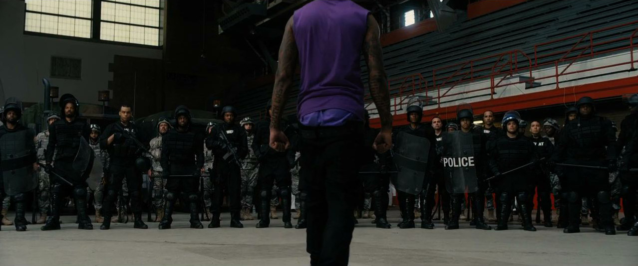 Chi-Raq Trailer (Exclusive Trailer) - IMDb-9