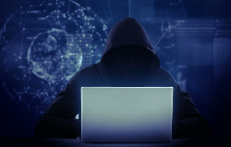 Malware capaz de robar criptomonedas está expandiéndose a través de la plataforma The Pirate Bay