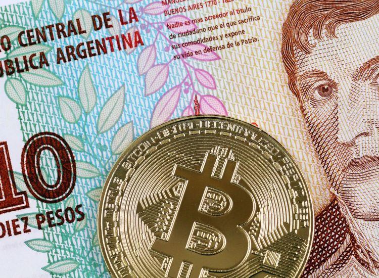 Argentina prohíbe la compra de Bitcoin (BTC) con tarjetas de crédito en medio de una economía inestable