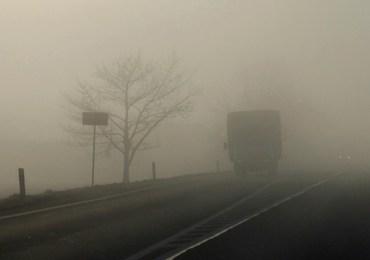 UWAGA! Gęste mgły na drogach