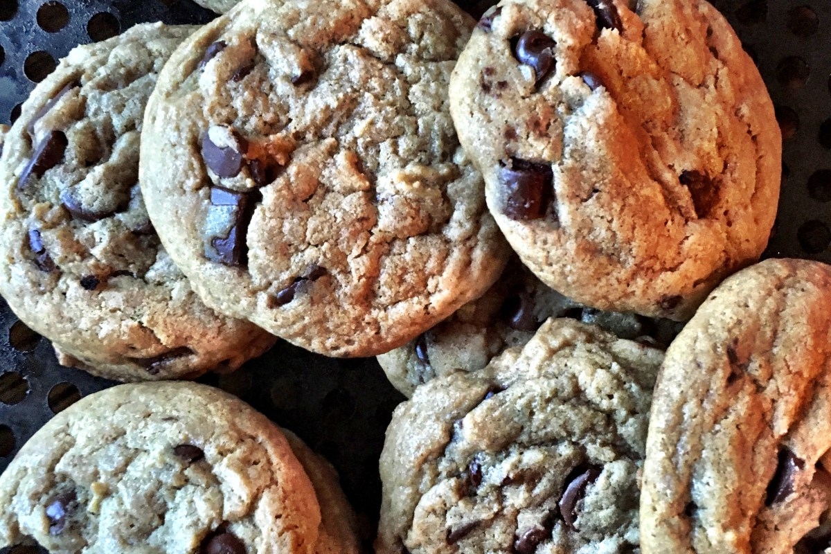 Bake Sale Chocolate Chip Cookies