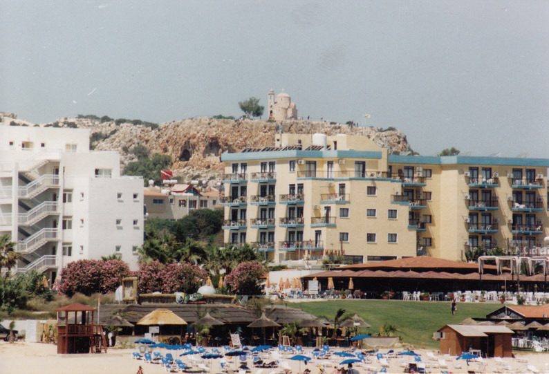 Insurance companies may not cover claims of unlicenced hotels