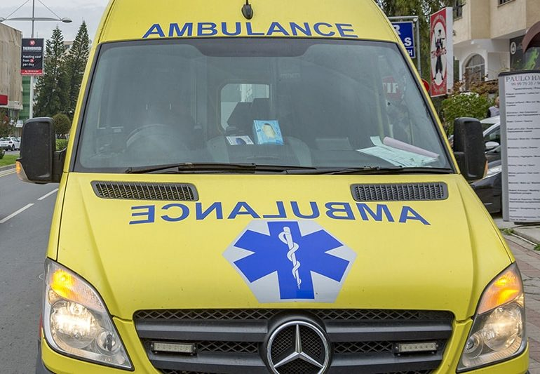 Probe into ambulance who allegedly refused to transport woman