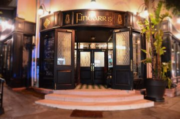 Finbarr's Irish Pub & Restaurant