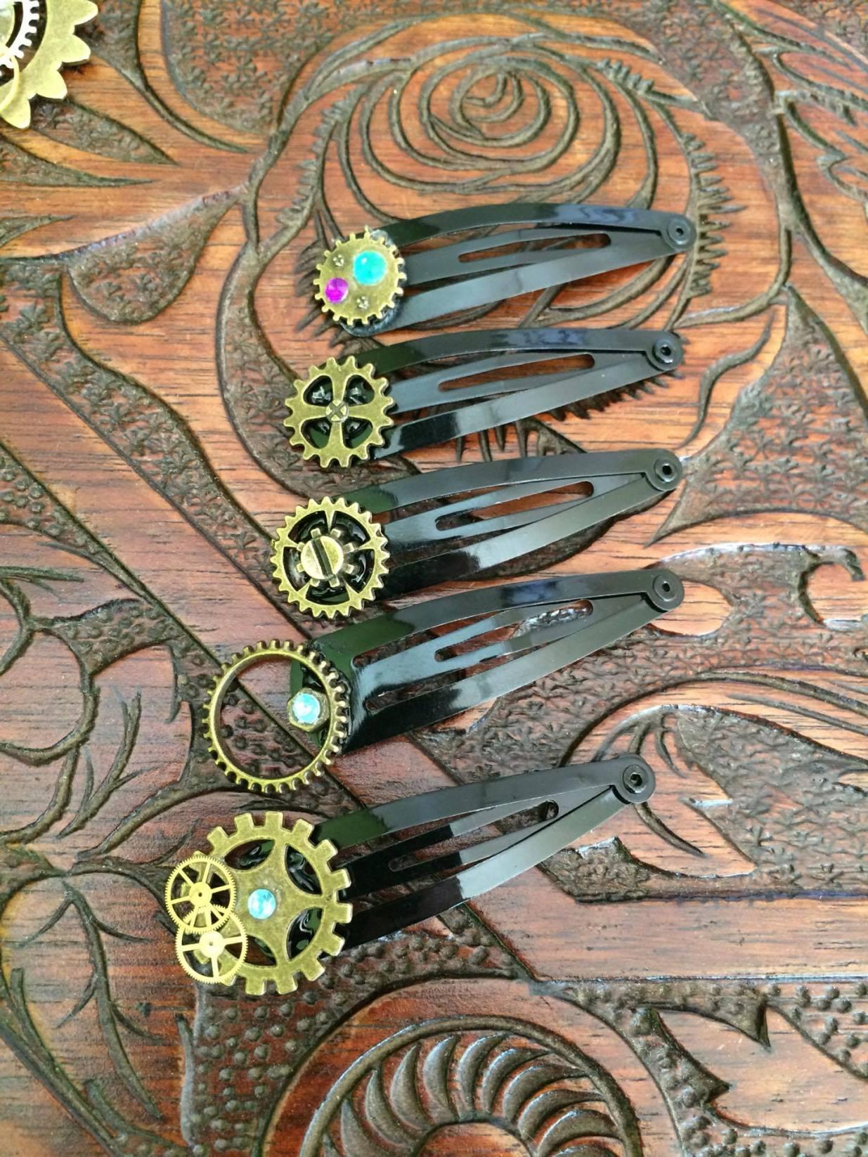 Antiquarian World creation custom jewellery key hairpins gears