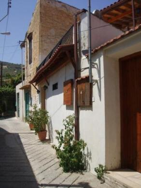 A typical residential street in Omodos Village