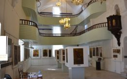 A view of the splendid galleries and exhibits