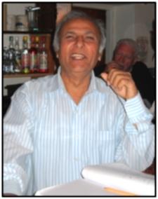 Mo Malik, Mine Host at The Courtyard Inn