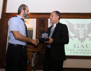 Serhat Akpinar (right) thanks Ferhat Atik