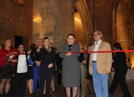 Meral Eroğlu opens the Cyprus inspired art exhibition by Benice Gümrükçüoğlu