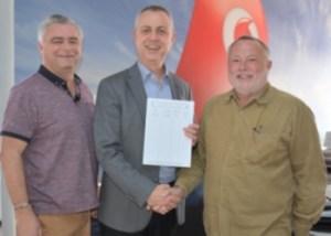 l-r  Steve Collard, Director of Operatiors CESV 112, Rasim Karas, Chief Executive Officer, Telsim (Vodafone), Art Watson, Chairman EFRAR 2015 sml