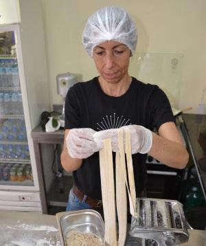 Linda pasta making