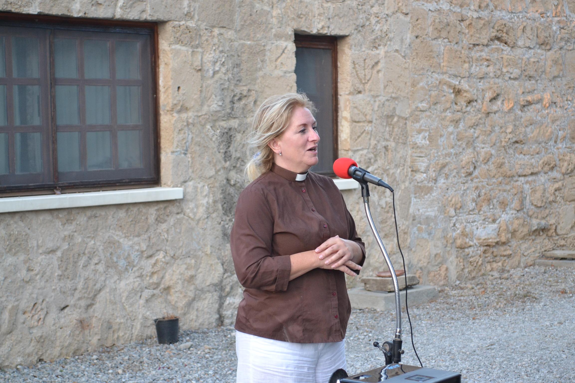 Revd. Wendy Hough