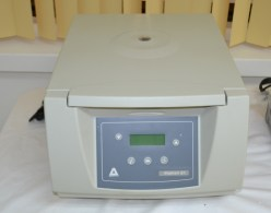 Digicen 21 blood centrifuge machine
