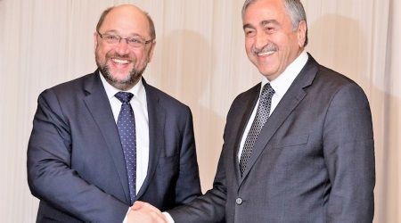Martin Schulz and Mustafa Akinci