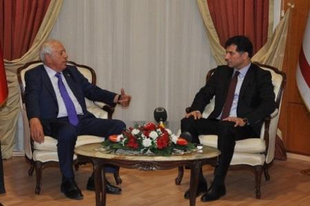 Huseyin Ozgurgun at reception