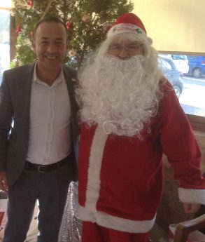 Mayor Mustafa Aktug with santa1