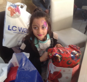 face painting with presents1