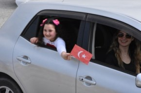 April 23 Music enjoyed by Girne residents from their Balconies (9)