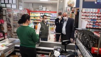 Girne Mayor Güngördü and Municipality Police Teams checked Markets (10)