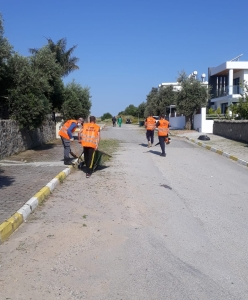 Girne Municipality started cleaning work across the City (3)
