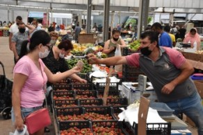 Girne Municipality Open Market precautions to safeguard citizens (3)