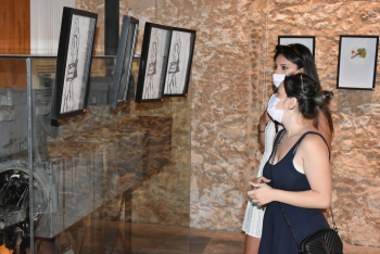 Bartu Bektaş's EXTEMPORARY exhibition (3)