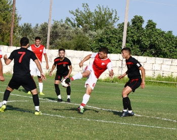 Esentepe on the attack (2)