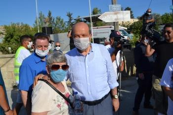 Margaret Sheard and Prime Minister Ersin Tatar