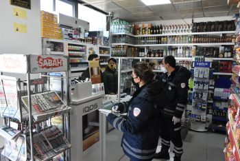 Girne Municipality Police Teams continue inspections for Covid 19 (5)