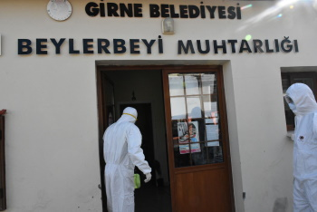 Girne Municipality continues its COVID -19 Spraying Works (1)