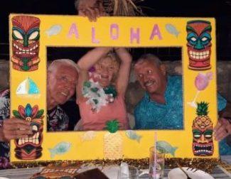 Hawaiian Beach Party at Driftwood (6)