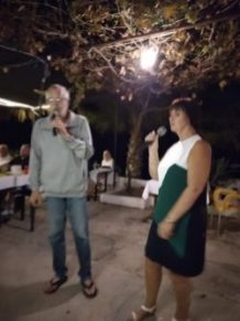 Seabreeze Restaurant, Kucuk Erenkoy had another great Karaoke (8)