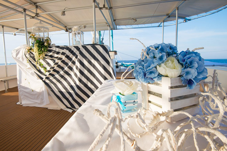 Yacht Weddings - a blog about weddings on the waves