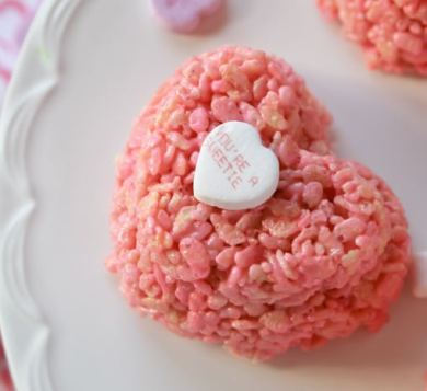 pink-heart-crispy-cakes-by-confessions-of-a-cookbook-queen-for-cake-boss-baking