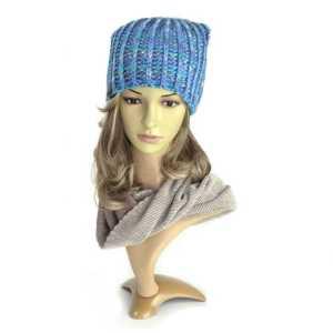 czapka-damska-jesienna-niebieska