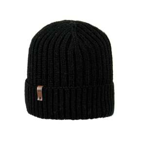 czapka-meska-czarna-mlodziezowa