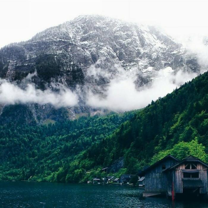 """""""Hory s jezerem v Rakousku."""""""