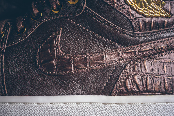 Air-Jordan-1-Pinnacle-Baroque-Brown-4