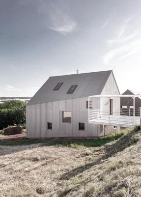 Dům s lávkou (realizováno)