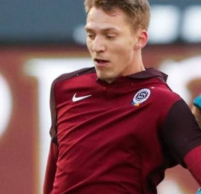 Sparta's Lukas Julis signs contract extension through 2023 - Czech Points