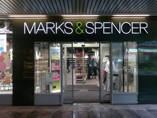 Marks & Spencer to temporarily close Czech stores due to coronavirus restrictions - Czech Points