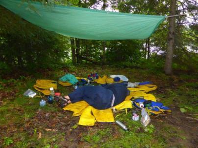2014.09 Obóz Klasztor9 - drzemka po śniadaniowa – część pierwsza