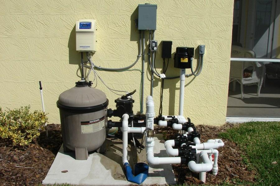 Jak działają pompy wodne samozasysające?