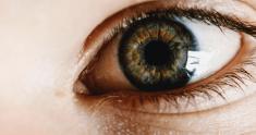 Jęczmień na oku