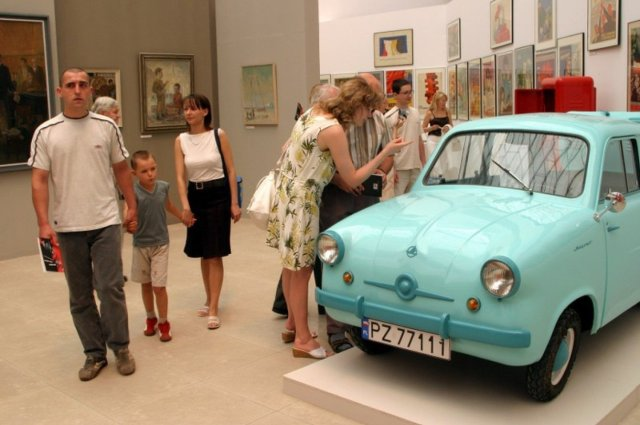 Znalezione obrazy dla zapytania polski samochód mikrus