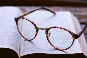 メガネと辞書