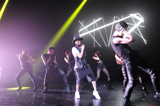 赤西仁 男性同伴ライブ コンサート 男性限定ライブ ももクロ 福山雅治